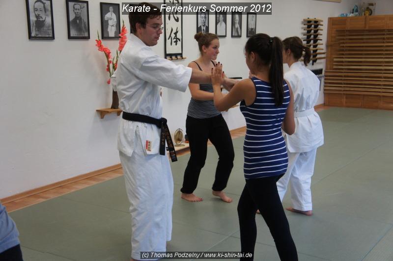 fps12_karate_1fw_web_004