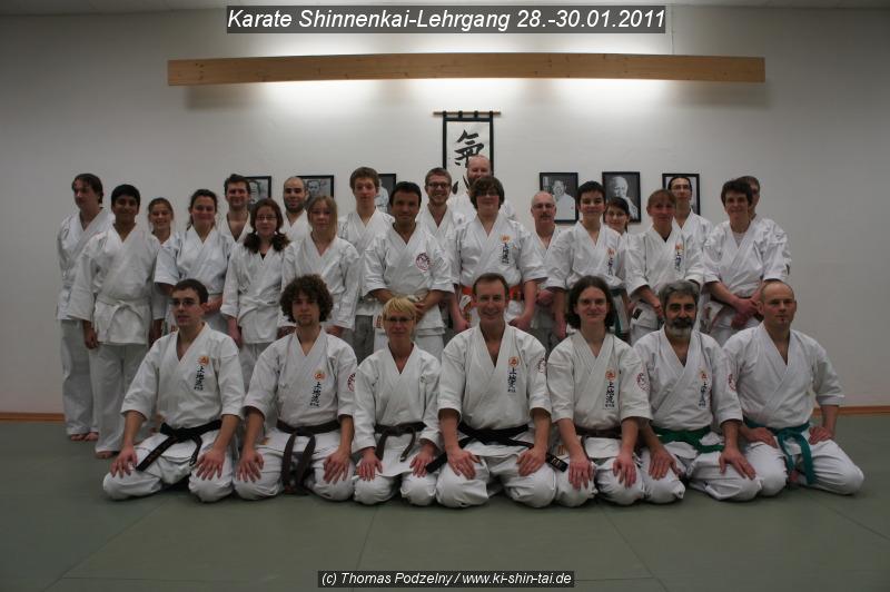 Gruppenfoto Karate und Kobudo Shinnenkai 2011